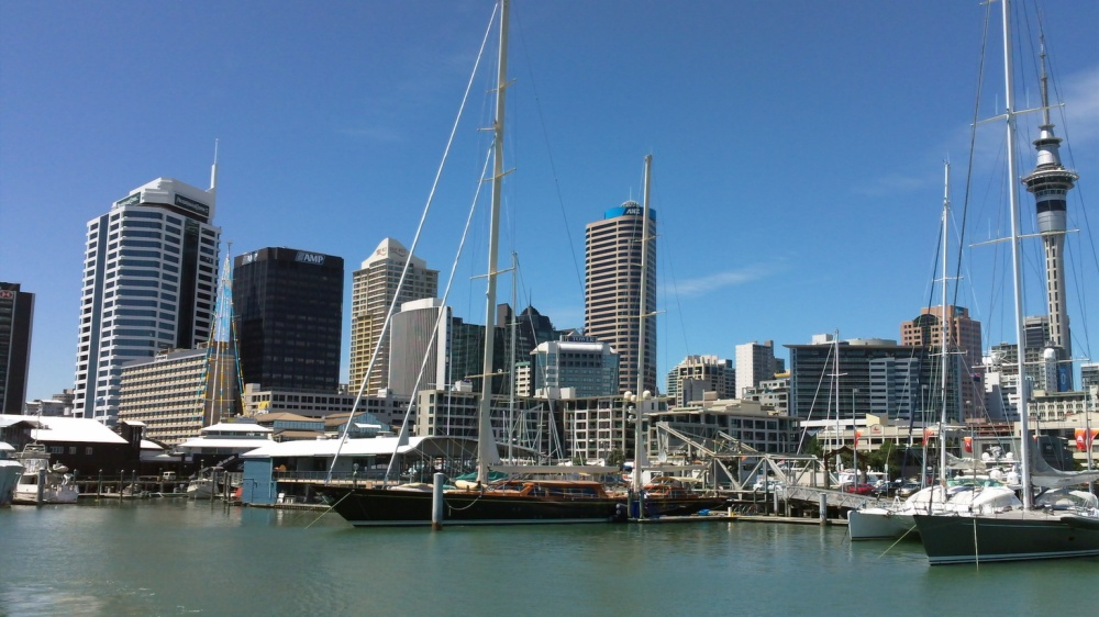 Awesome Auckland – Winelands, Wildlife, Walks and all the Water Activities you possibly wish for!