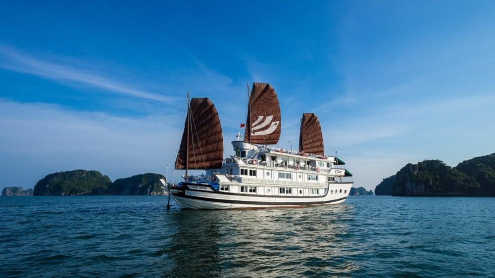 Halong Bay Cruises Vietnam