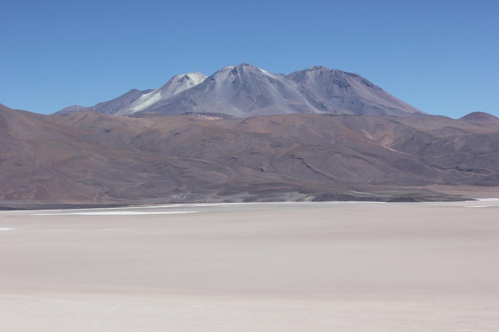 How to Travel from Salar de Uyuni to San Pedro de Atacama by Bus